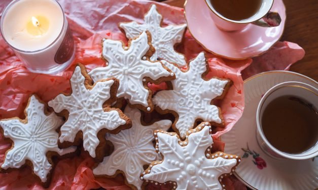 Let's Share a Christmas Cookie